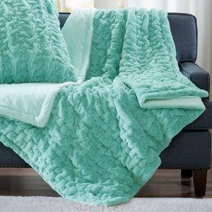 Madison Park Aqua Ruched Faux Fur Throw Blanket
